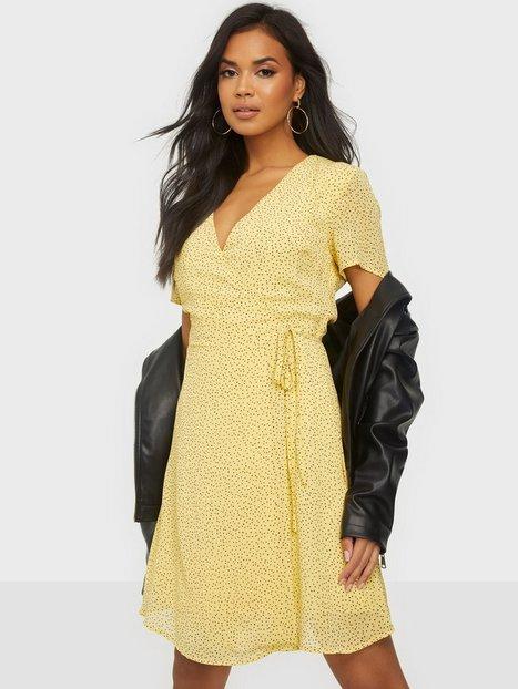 MOSS COPENHAGEN Linoa Rikkelie Wrap Dress AOP Loose fit dresses