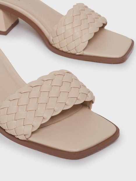 NLY Shoes Braided Slip In Sandal Low Heel Creme