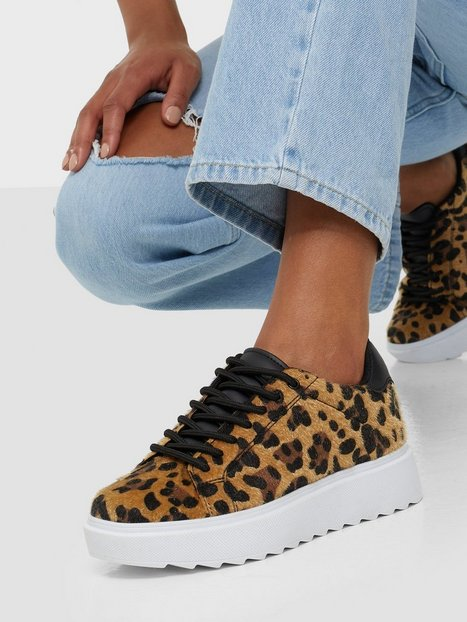 NLY Shoes Care Less Furry Sneaker Low Top