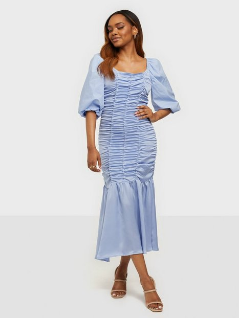 Résumé DollieRS Dress Tætsiddende kjoler