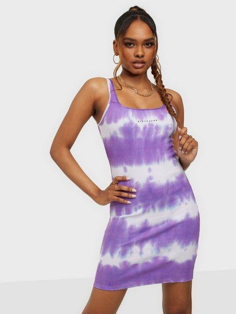Sixth June Tie Dye Dress Tætsiddende kjoler