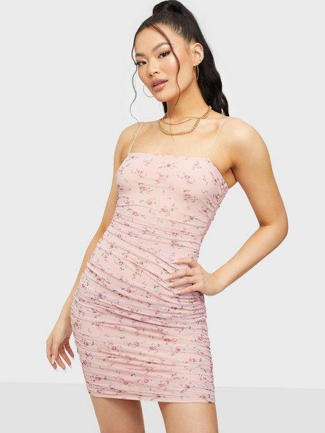 NLY One Mesh Print Mini Dress Tætsiddende kjoler Blomstret