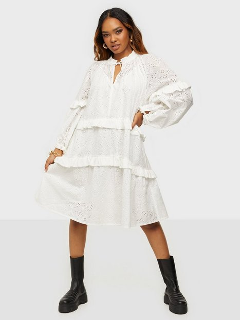 Munthe Frilly Loose fit dresses