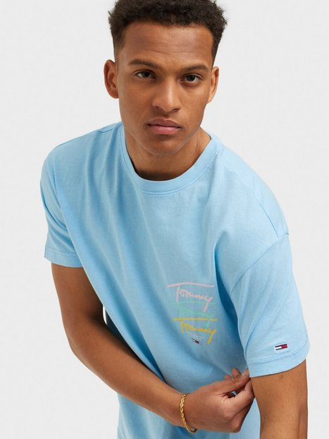 Tommy Hilfiger Tjm Tommy Repeat Script Tee T-shirts & undertrøjer Blue