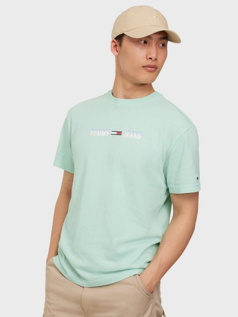 Se Tommy Jeans Tjm Linear Logo Tee T-shirts & undertrøjer Blue ved NLY Man