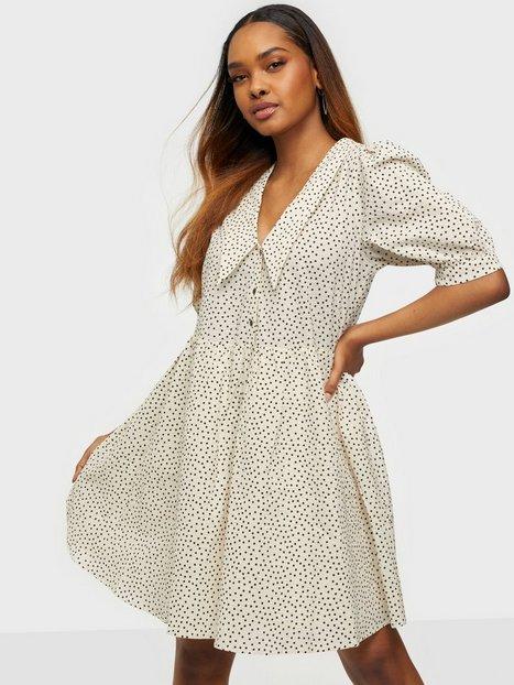 Object Collectors Item Objnour 2/4 Dress 115 .C Loose fit dresses