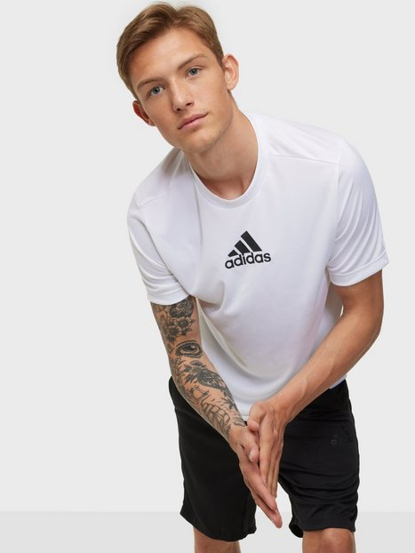 Se Adidas Sport Performance M 3S Back Tee Trænings t-shirts White/Black ved NLY Man