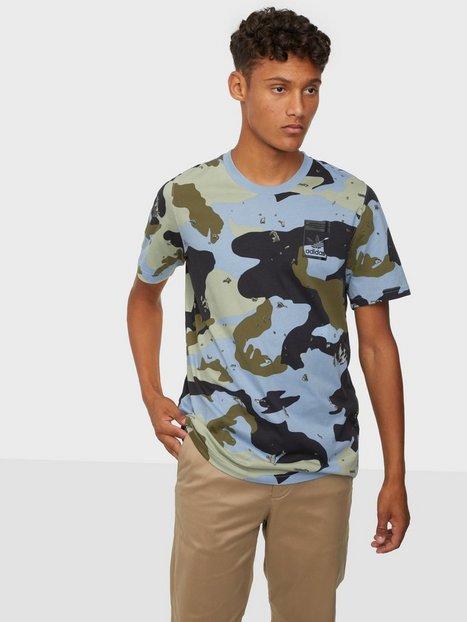 Adidas Originals Camo Aop Tee T-shirts & undertrøjer Sky