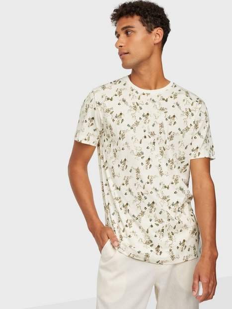 Selected Homme Slhaness Aop Ss O-Neck Tee G T-shirts & undertrøjer Egret