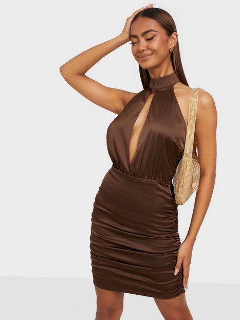 Bianca x Nelly.com Glam Dress Tætsiddende kjoler