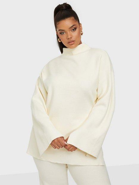 Bianca x Nelly.com Cozy knit sweater Strikkede trøjer Creme