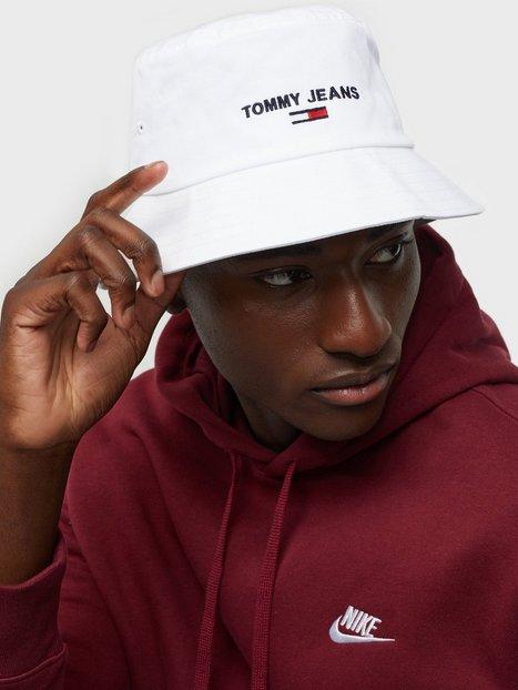 Se Tommy Jeans Tjm Sport Bucket Hatte White ved NLY Man