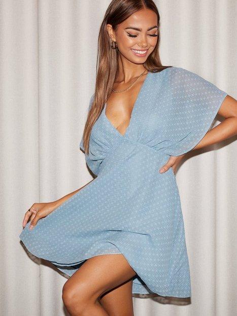 Se Samsøe Samsøe Vaal short dress 12789 Skater kjoler Dusty Blue ved Nelly