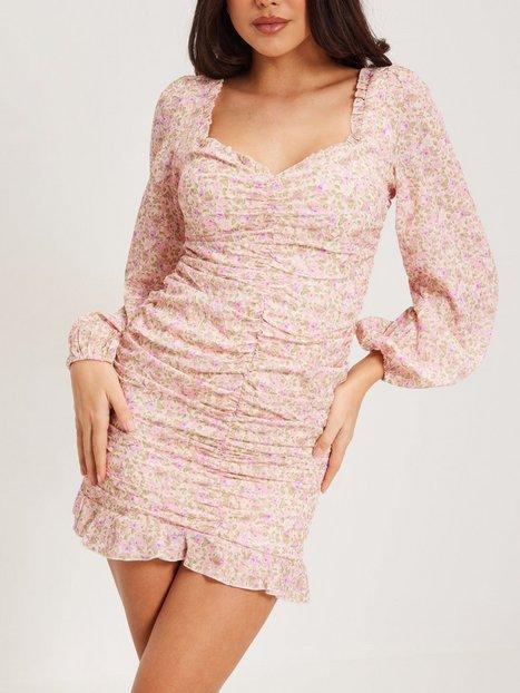 Kiss The Sky Rouche Frill Dress Skater kjoler White/Pink