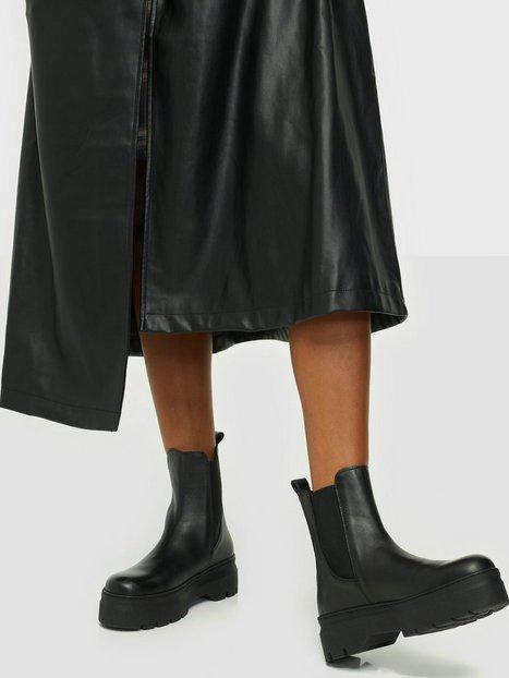 Pavement Viola Flat Boots