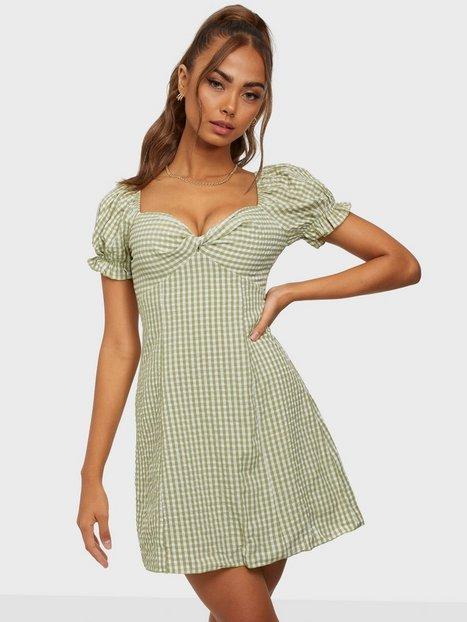 Kiss The Sky Prairie Mini Picnic Dress Tætsiddende kjoler Pistachio