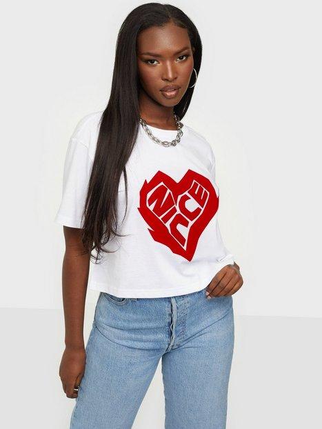 NICCE Heart Ss Crop T-Shirt Crop tops Hvid