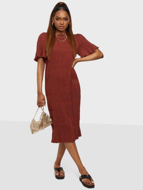 2NDDAY 2ND Mitzi Tætsiddende kjoler