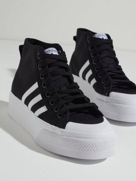 Se Adidas Originals Nizza Platform Mid W High Top Black ved Nelly