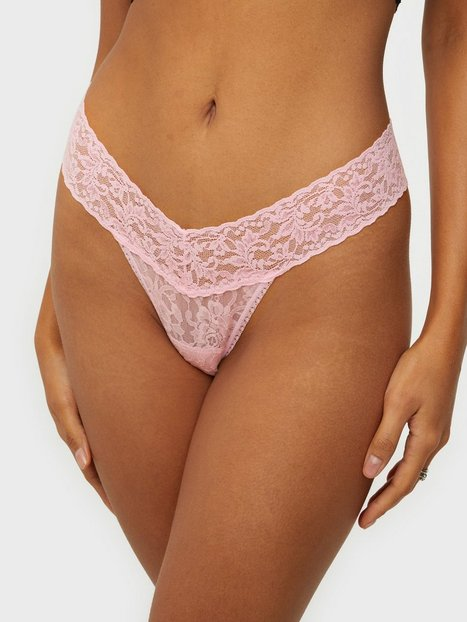 Hanky Panky Signature Lace Low Rise Thong String Bliss