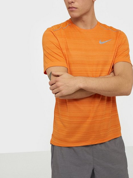 Nike M Nk Dry Miler Top Ss Trænings t shirts Orange - herre