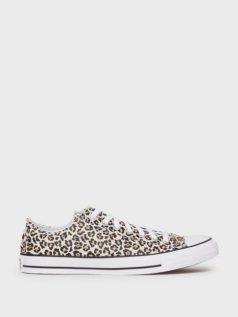Converse Chuck Taylor All Star Canvas Sneakers Leopard