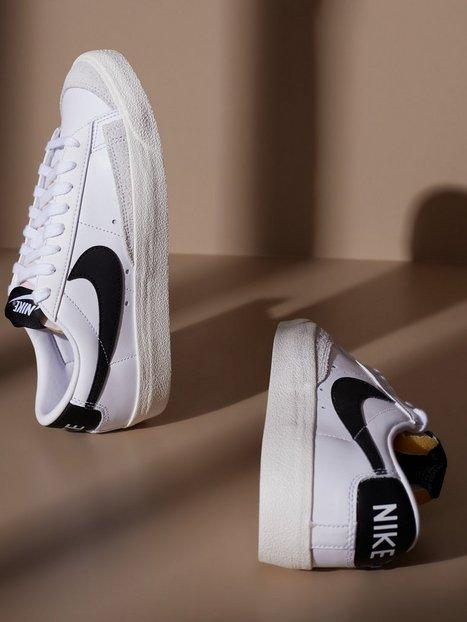 Nike W Blazer Low '77 Low Top White/Black