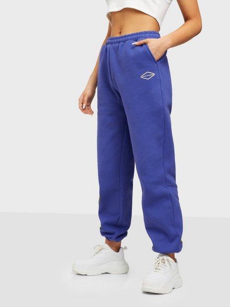 Nicki Studios Logo Collage Pants Joggingbukser Infinity Blue