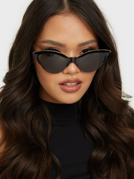 NLY Accessories Signature Cateye Frames Solbriller