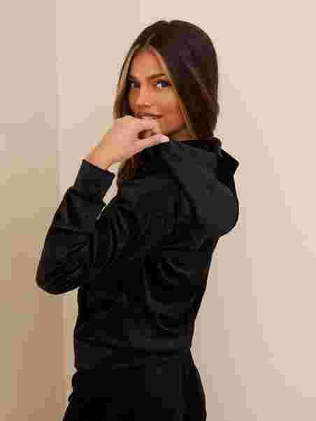 Shoppa Gina Tricot Cecilia Velour Hoodie Black