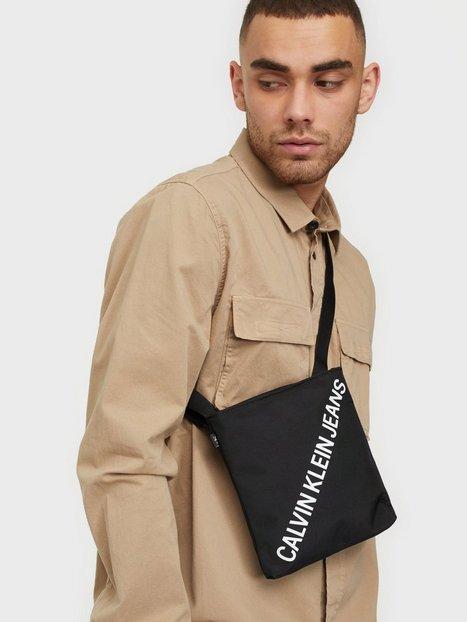 Calvin Klein Jeans Micro Flatpack Inst Tasker Black