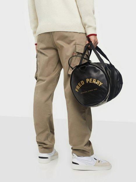 Fred Perry Tonal Pu Barrel Bag Tasker Black