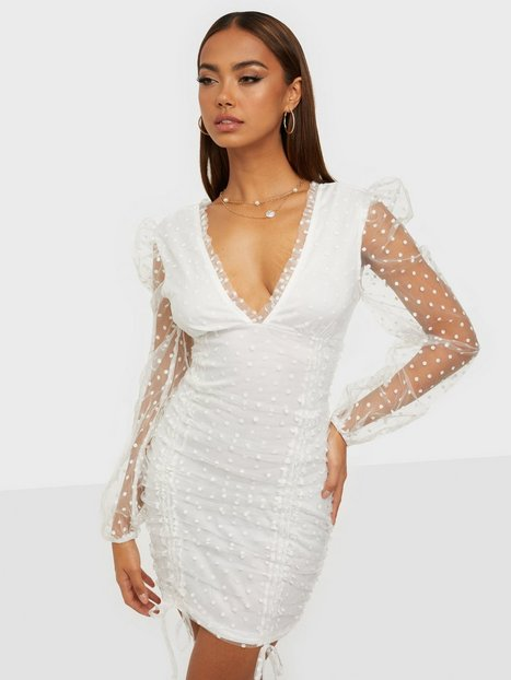 Parisian Polka Dot Mesh Puff Sleeve Dress Tætsiddende kjoler