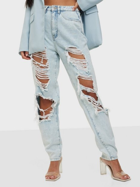 Missguided Riot Vintage Distress Mom Jeans