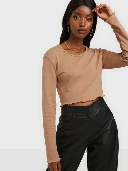 Missguided Long Sleeved Crop Top