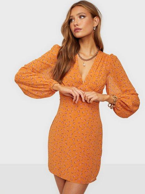 Glamorous Nelly x Glamorous Crepe Mini Dress Skater kjoler Orange