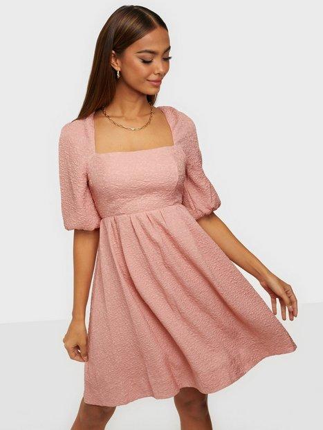 Forever New Adriana Babydoll mini Dress Skater kjoler