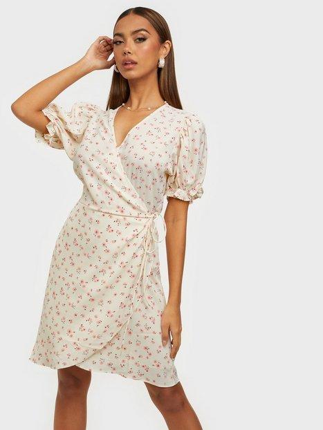 Neo Noir Spang Small Rose Dress Skater kjoler