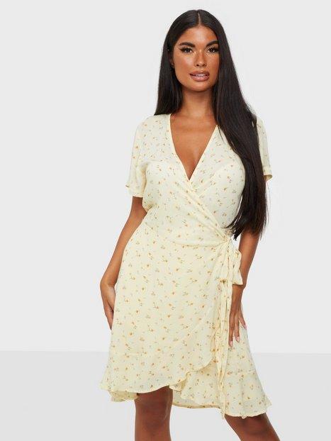 Neo Noir Malta Single Blossom Dress Slå-om-kjoler