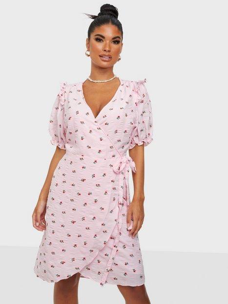 Neo Noir Carla Wrap Dress Slå-om-kjoler