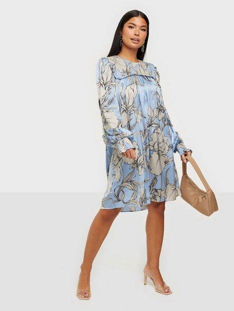 Munthe Tangerine Loose fit dresses
