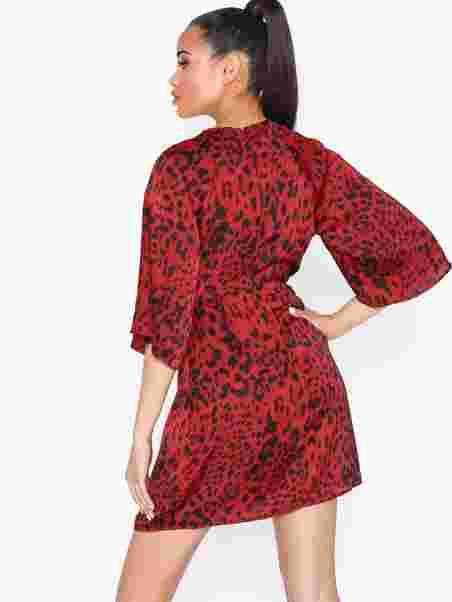Ax Paris  Mid Sleeve Knot Dress