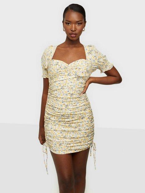 Bardot Rouched Mini Dress Klänning