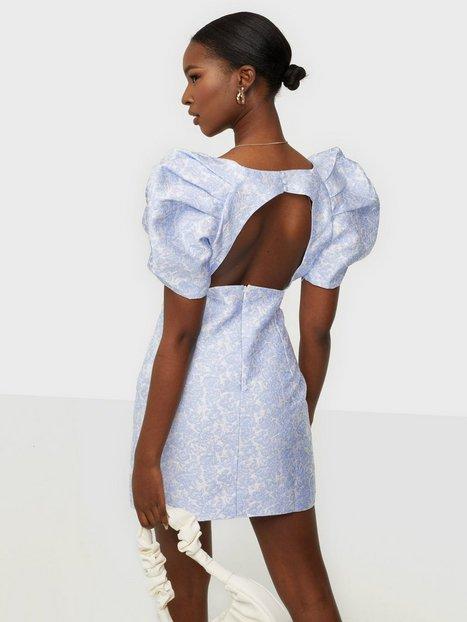Bardot Floral Puff Sleeve Skater kjoler