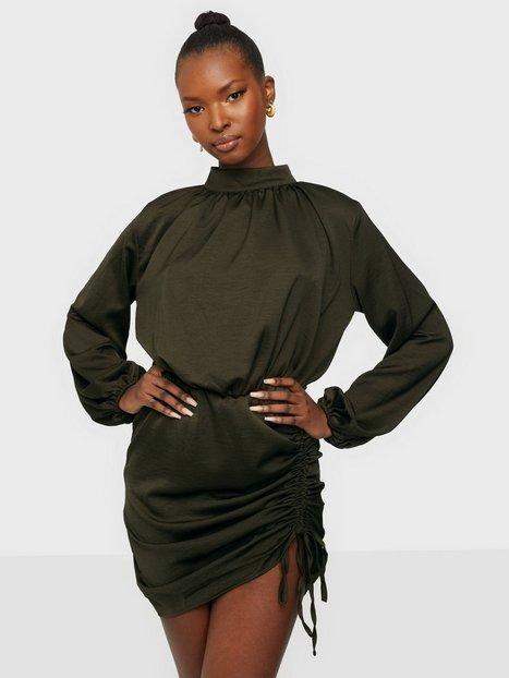 Ax Paris Ruched Balloon Sleeve Dress Langærmede kjoler