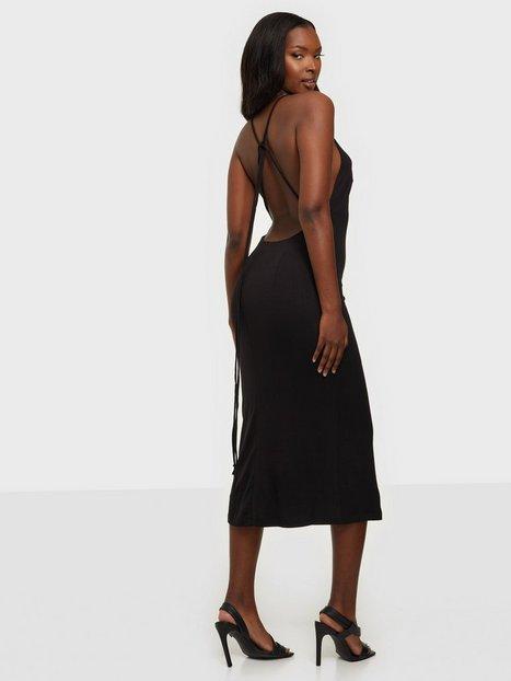 Bardot Backless Slinky Dress Tætsiddende kjoler