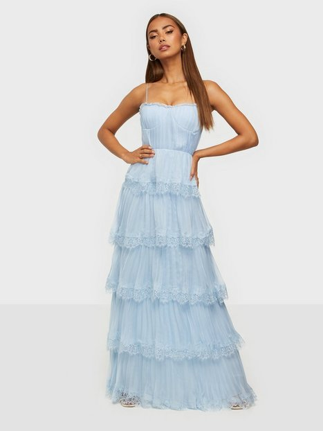 True Decadence Lace Pleated Maxi Dress Loose fit