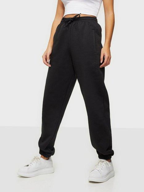 Adidas Originals Cuffed Pants Mjukisbyxor Black