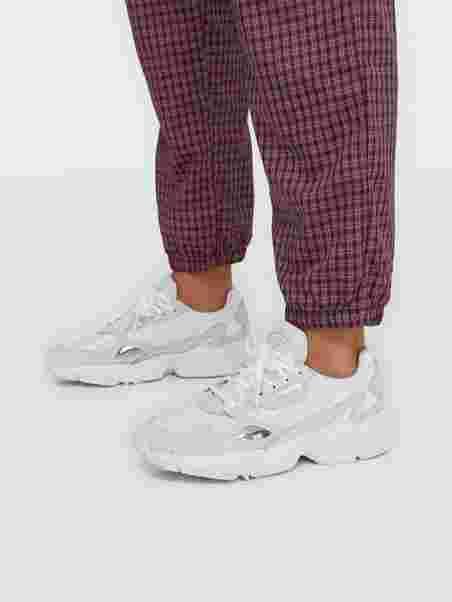 Falcon W, Adidas Originals