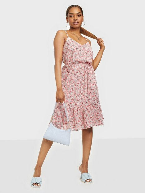 Sisters Point Vibby Dress Loose fit dresses